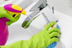 CR0 studio flat cleaning Coombe